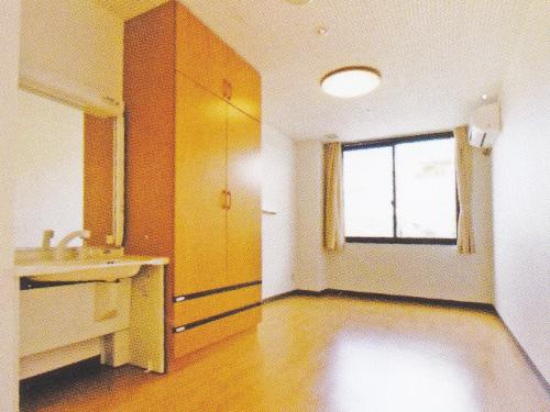 特別養護老人ホーム森の里 木精館(こだまかん)居室(個室)